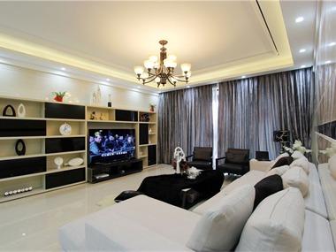 现代简约风格,拎包入住,含家具家电。