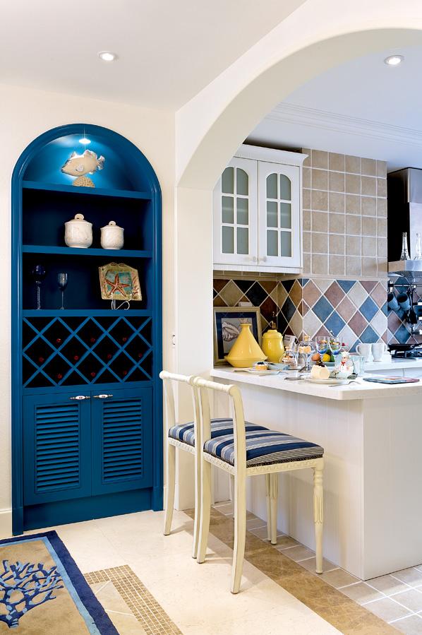 地中海餐厅酒柜实景图