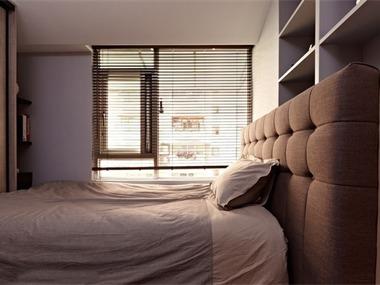 中原新城卧室背景墙