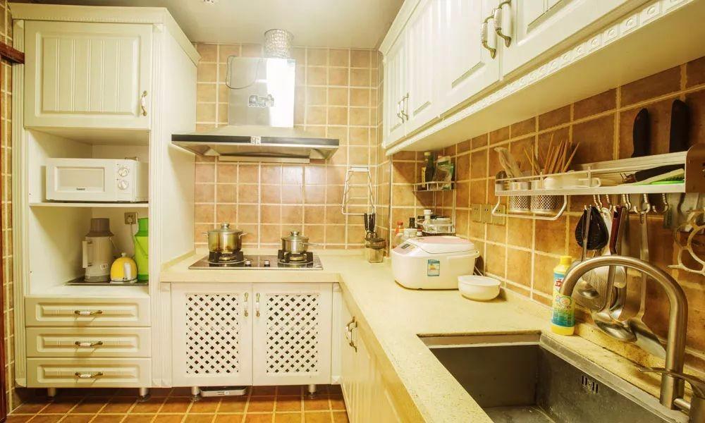 地中海厨房橱柜实景图