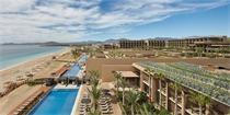 水平向延展的建筑空间 向大海延伸的墨西哥度假酒店