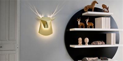墙面装饰灯:一款优雅地弹出式鹿角墙灯
