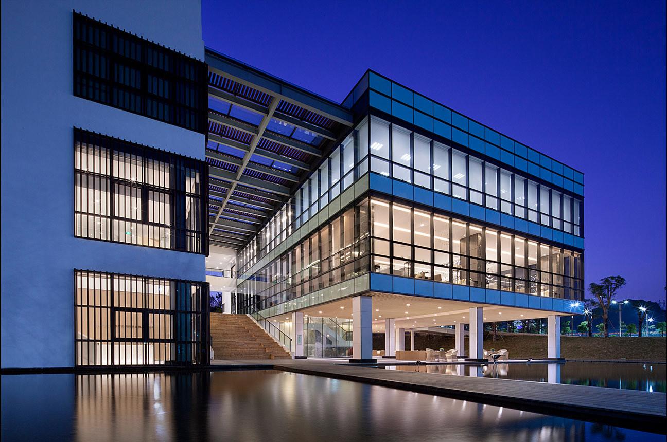 光明华强文化创意产业园销售展示中心