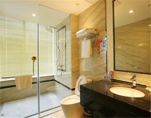 小卫生间怎么装修,如何让小卫生间看起来更大?