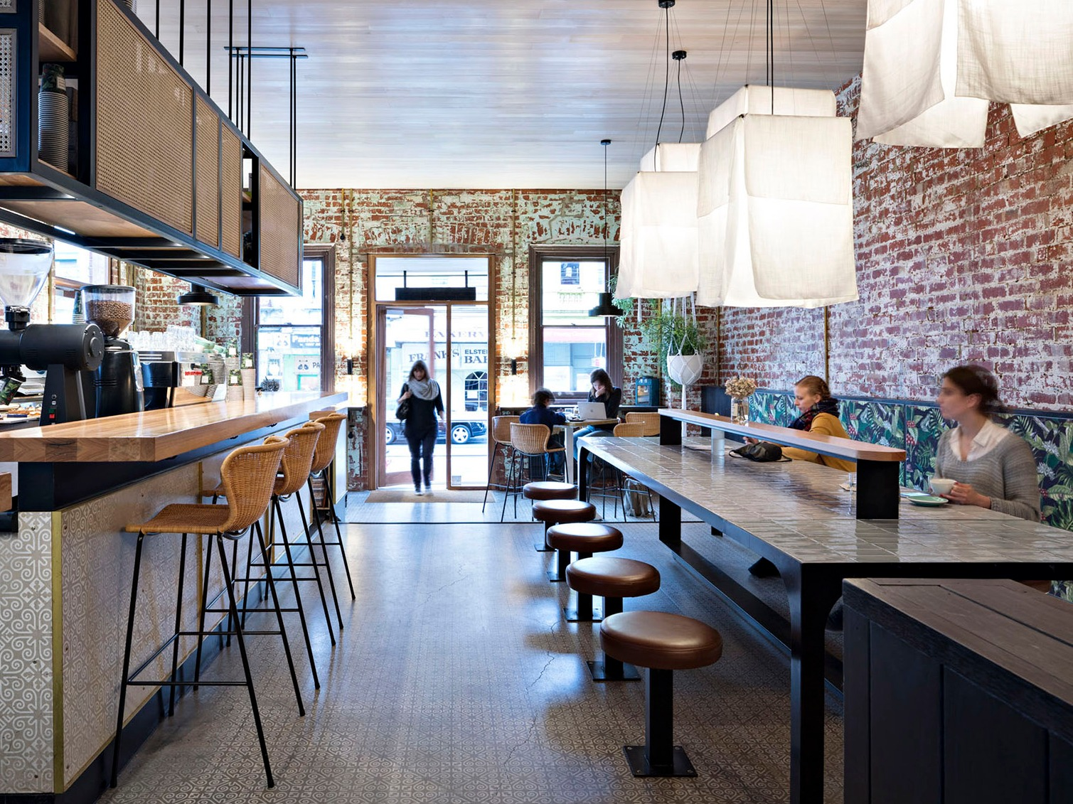 澳大利亚Bang Bang咖啡与酒吧,朴素又不失优雅