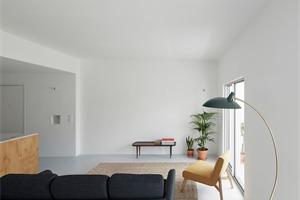 葡萄牙Beato公寓改造,实用主义极简公寓