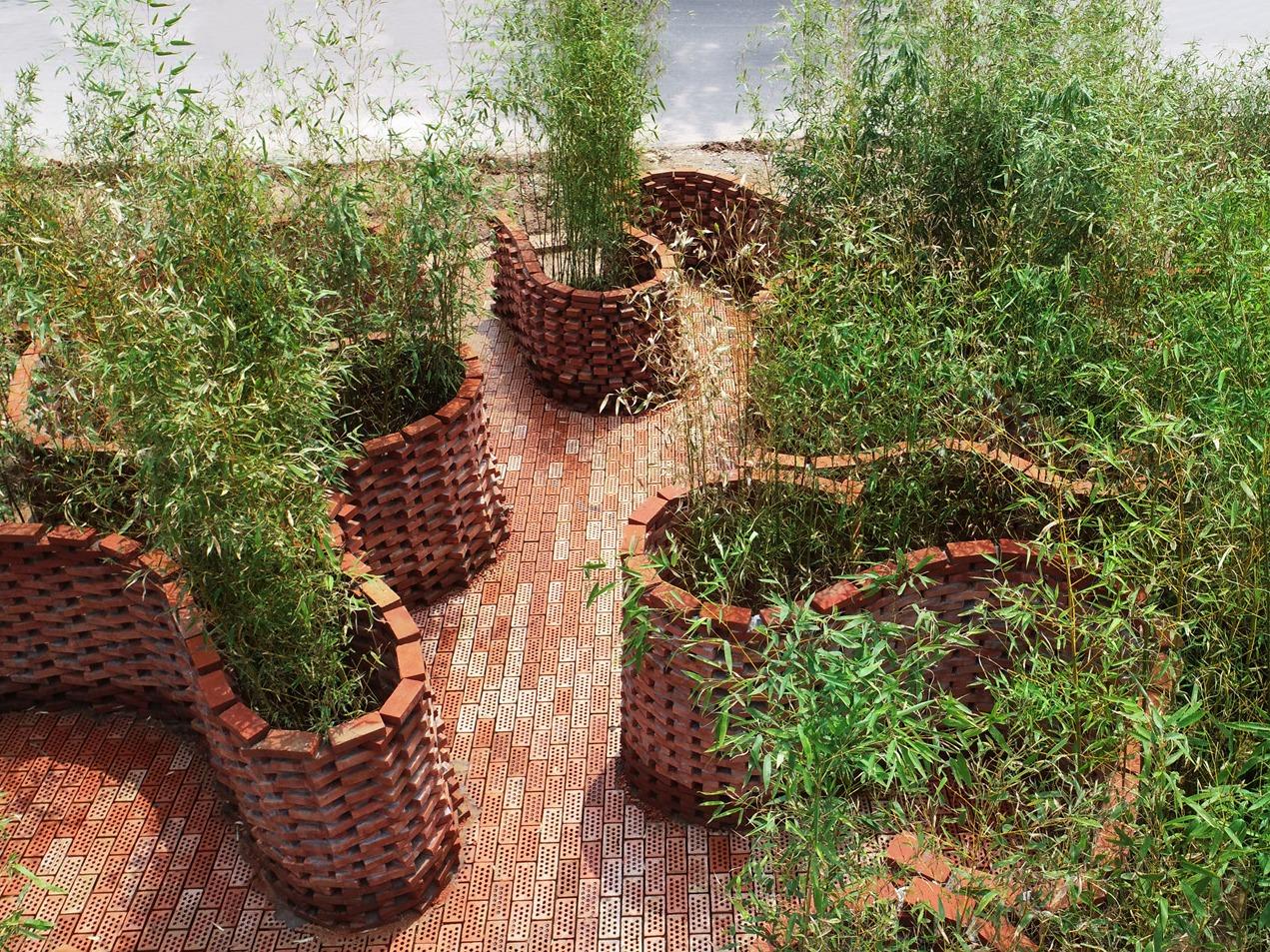 """砖艺迷宫花园,世界上第一座""""智能建造""""的花园"""
